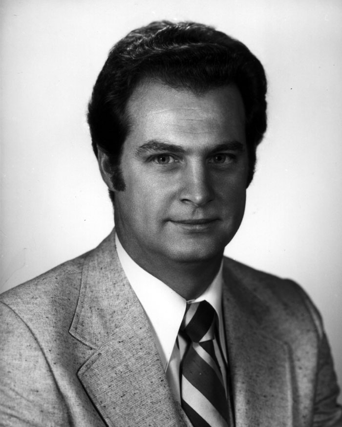 R. Byron Pipes