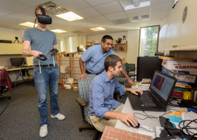 Students work with faculty on virtual reality tech