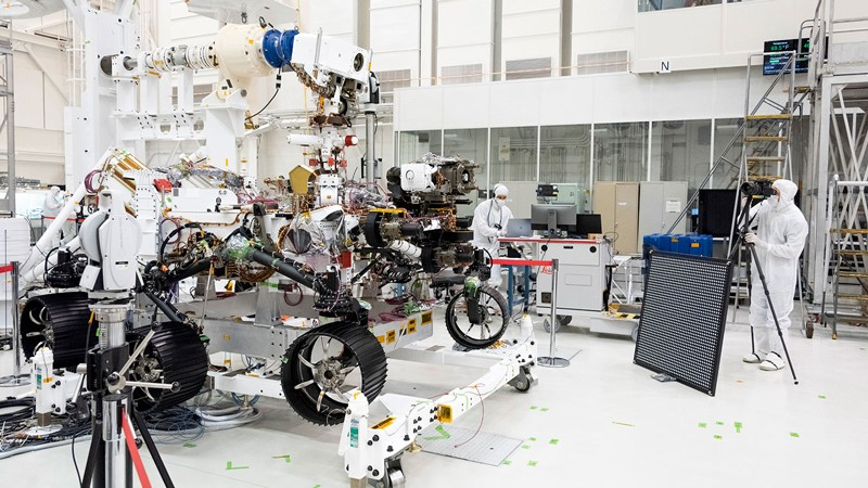Mars 2020 rover underwent an eye exam after several cameras were installed on the rover at NASA's Jet Propulsion Laboratory near Pasadena, California.